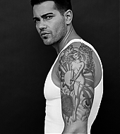Jesse Metcalfe Sam Fielding Photoshoot