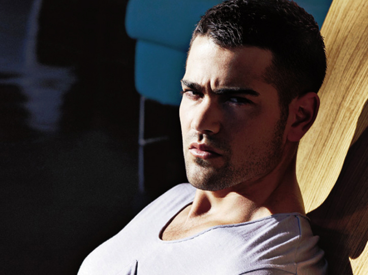New Jesse Metcalfe photoshoot + New Gallery layout!