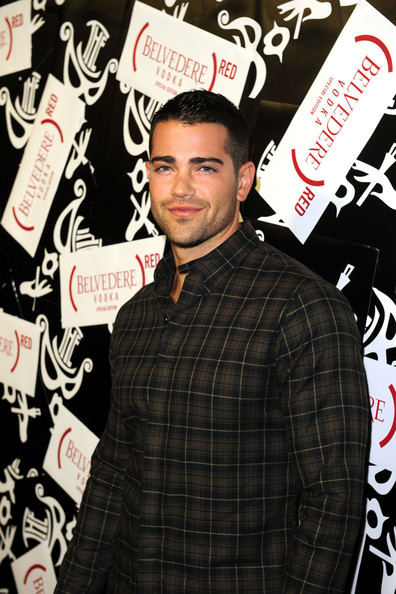 Jesse Metcalfe at (Belvedere) RED Brings THE BOX To LA – Pictures
