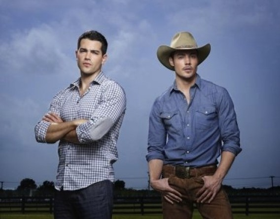 Battle Of The Dallas Heartthrobs - Jesse Metcalfe Or Josh Henderson?