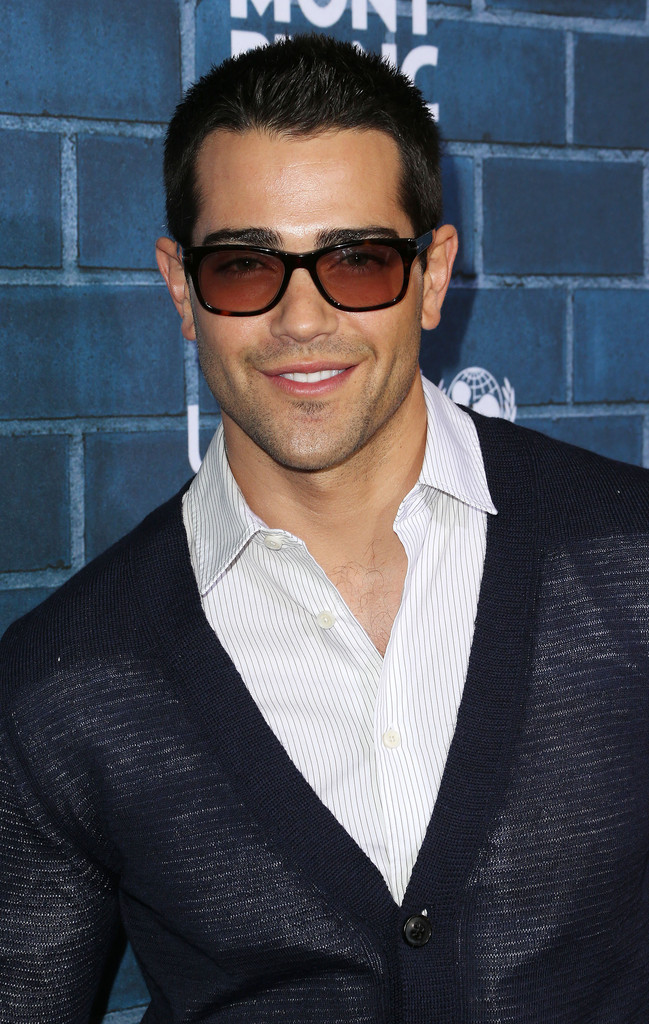 Jesse Metcalfe at pre-Oscars event – Pictures + Video